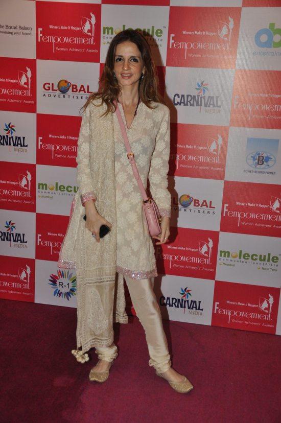 Sussanne_Khan_Fempowerment_Women_Achievers_Award_201424