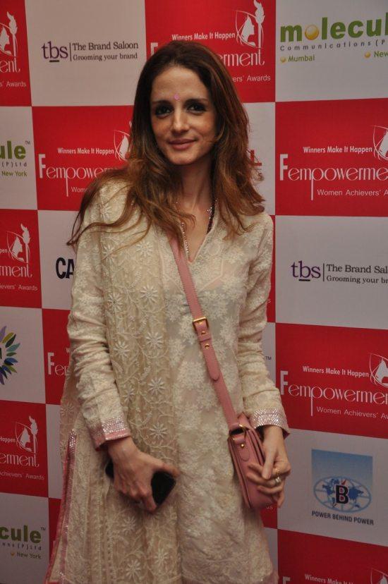 Sussanne_Khan_Fempowerment_Women_Achievers_Award_201428