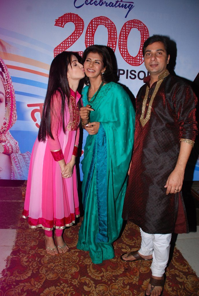 Tumhari Pakhi 200 episodes celebrations (5)