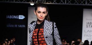 Lakme Fashion Week Winter/Festive 2014 Photos – Urvashi Joneja showcases collection on Day 2