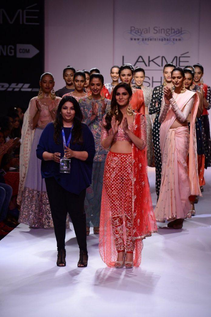 Vaani Kapoor Payal Singhal (1)