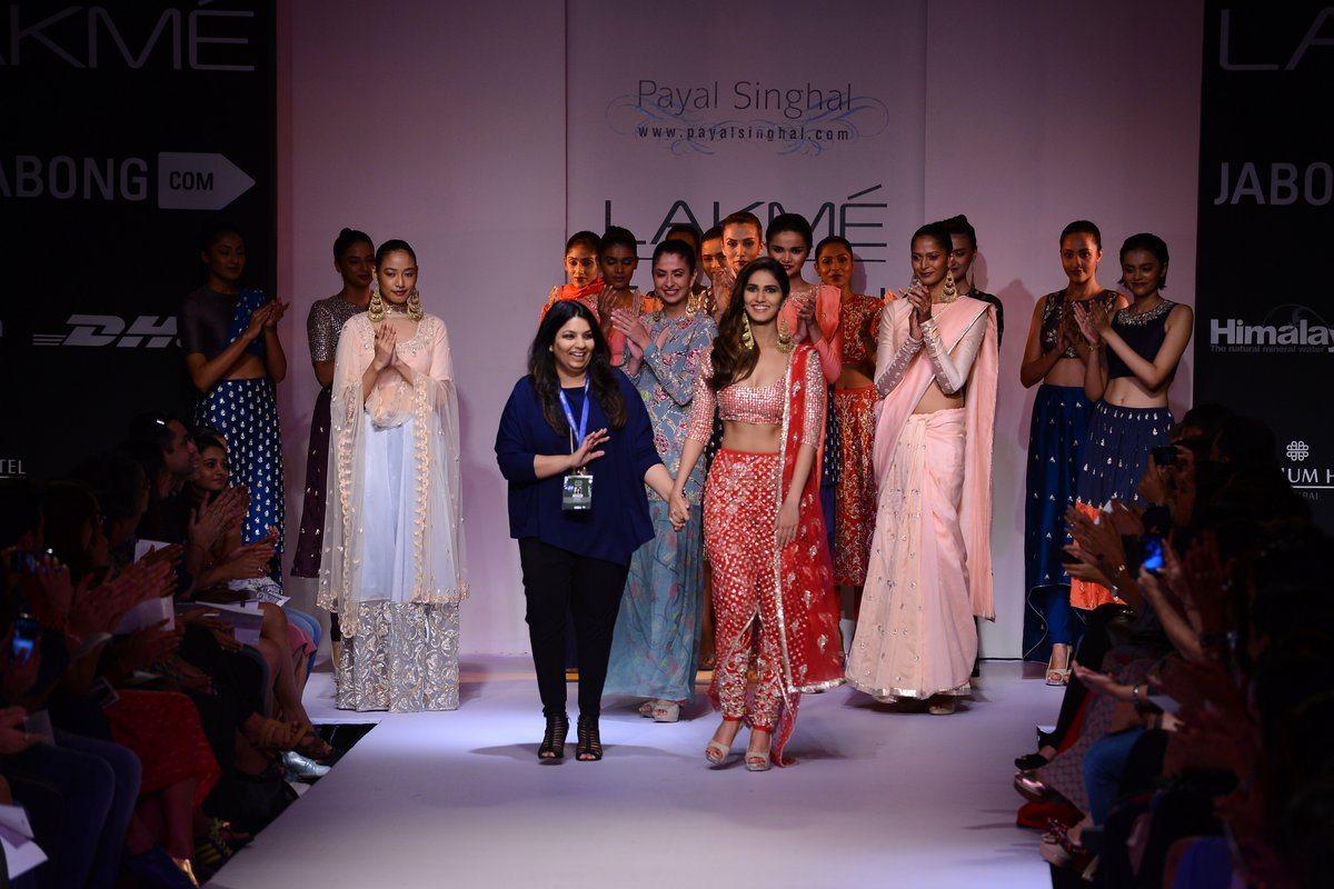 Vaani Kapoor Payal Singhal (14)