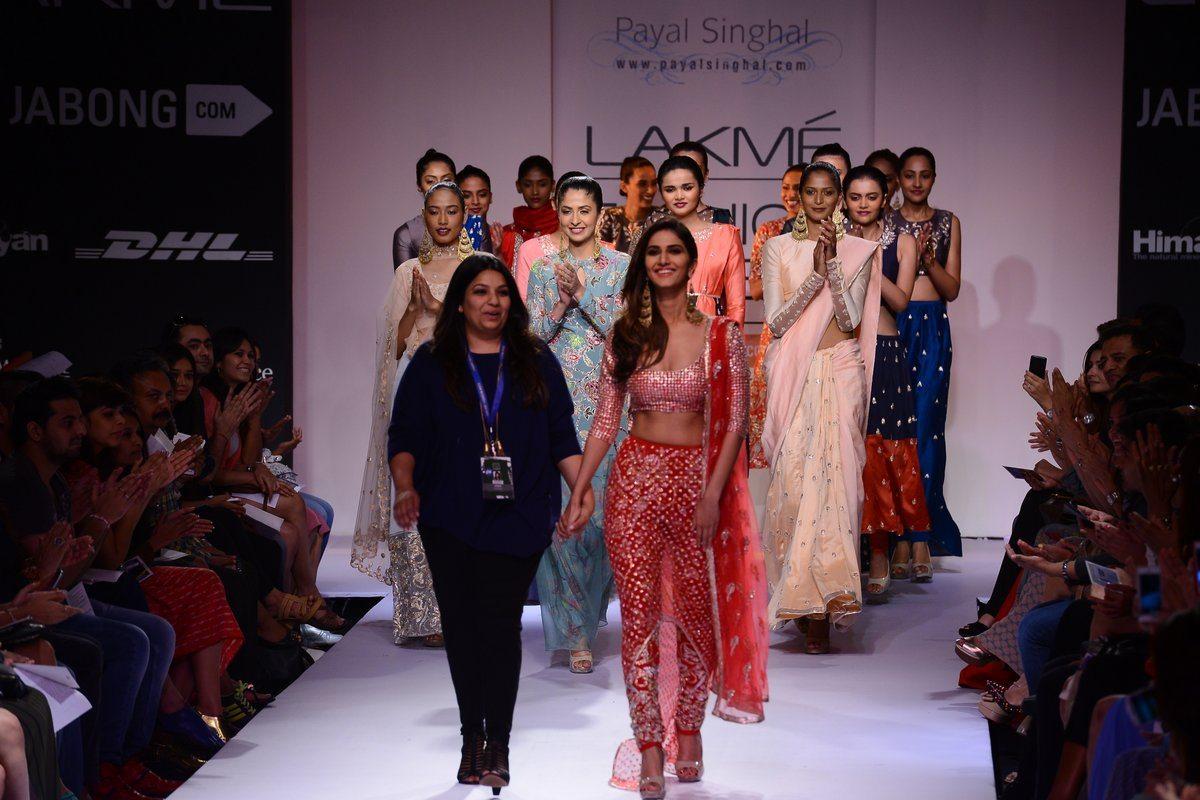 Vaani Kapoor Payal Singhal (15)