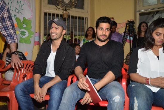 Varun-Dhawan-And-Siddharth-Malhotra-meet-at-an-ngo24