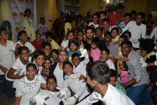 Varun-Dhawan-And-Siddharth-Malhotra-meet-at-an-ngo45