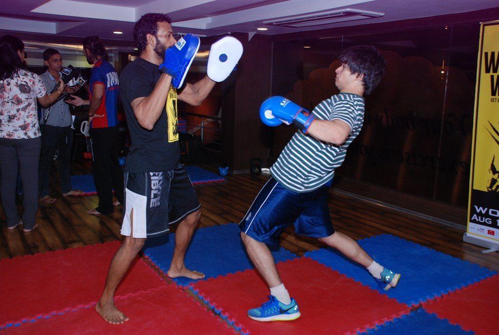 Vivaan shah gold gym (7)