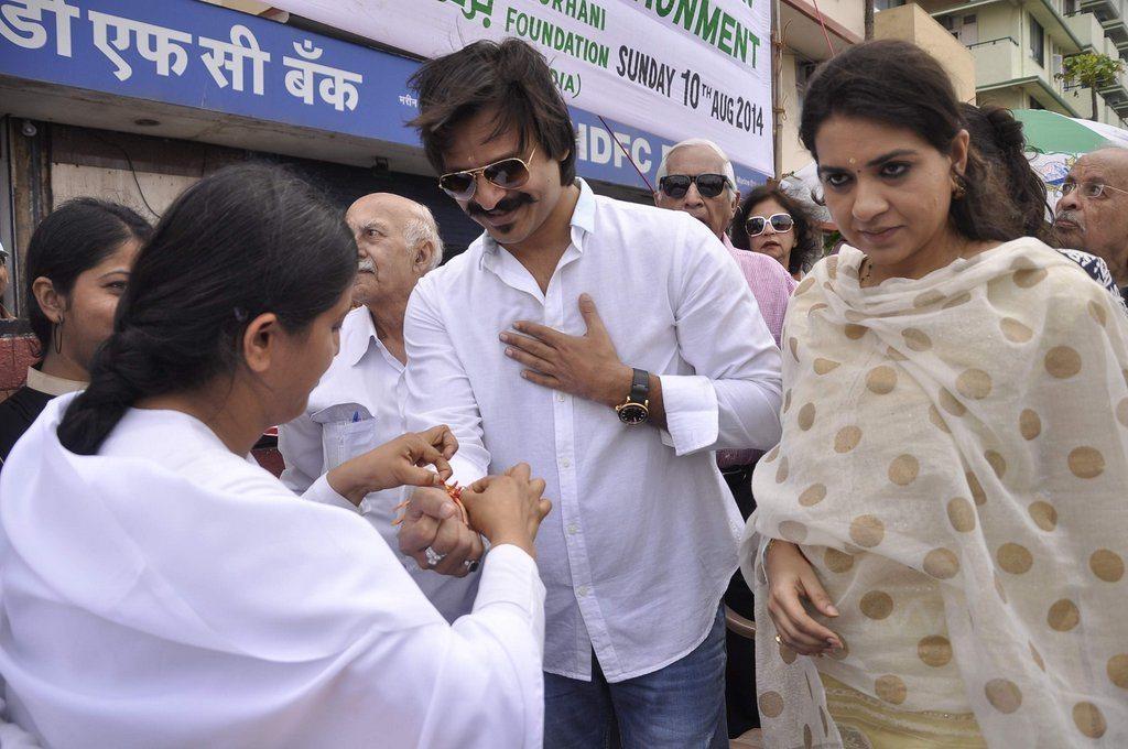 Vivek i love mumbai (1)