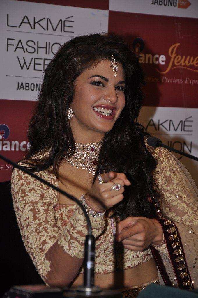 jacqueline Anju Modi (3)