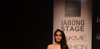 Lakme Fashion Week Winter Festive 2014 Photos – Lisa Haydon walks for Ridhi Mehra