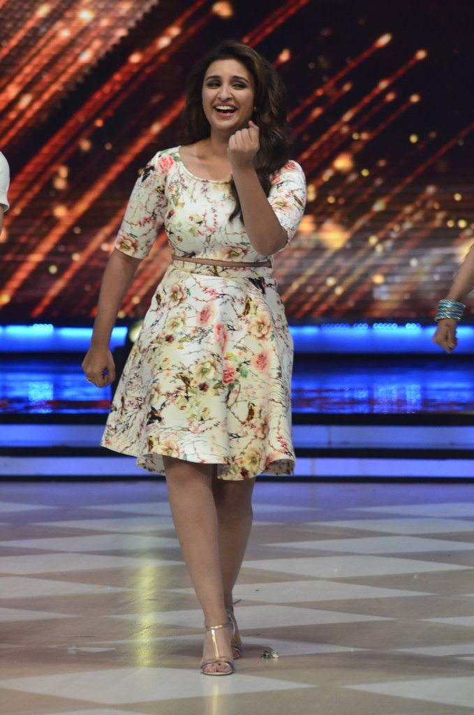parineeti on Jhalak (14)