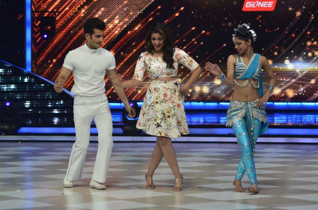 parineeti on Jhalak (15)