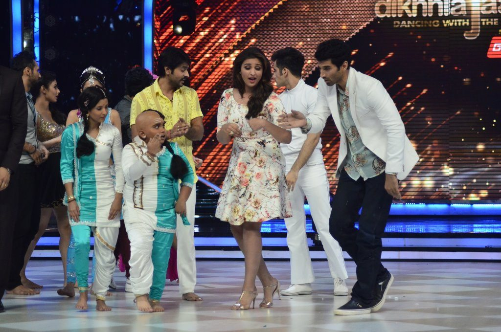 parineeti on Jhalak (16)