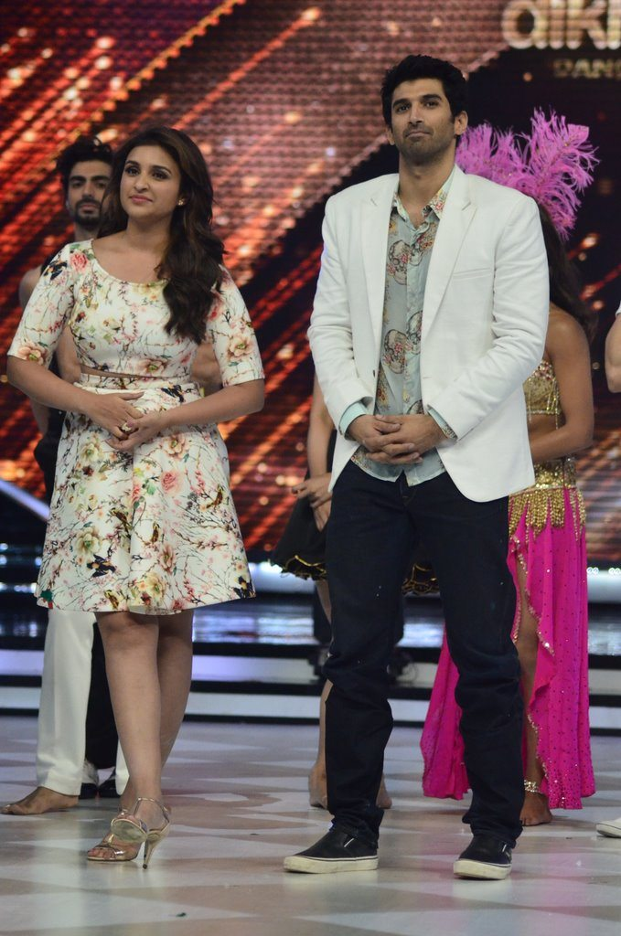 parineeti on Jhalak (17)