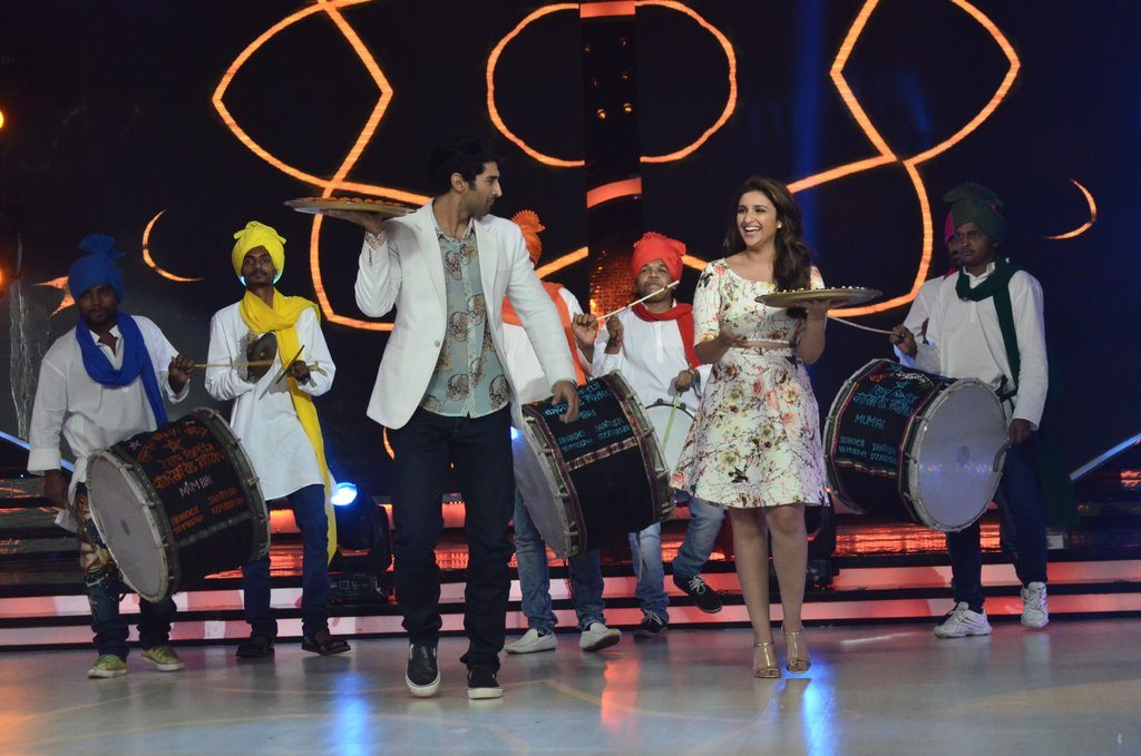 parineeti on Jhalak (18)