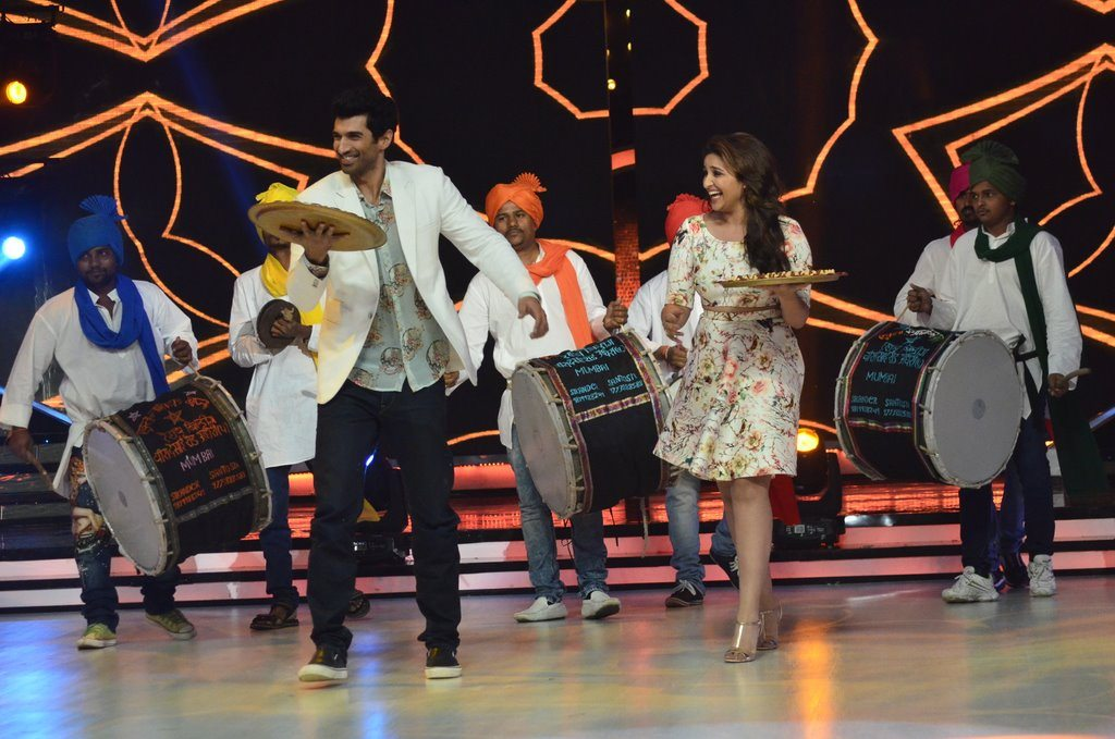 parineeti on Jhalak (19)