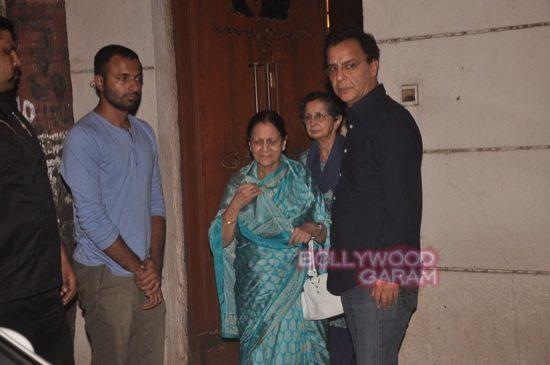 Aamir_mother zeenat hussain_vidhu vinod chopra-4