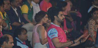 Bipasha Basu shows support for Abhishek Bachchan's Kabaddi team – Photos