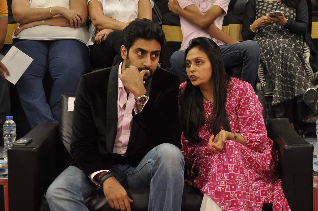 Abhishek bachchan Asian TT (6)