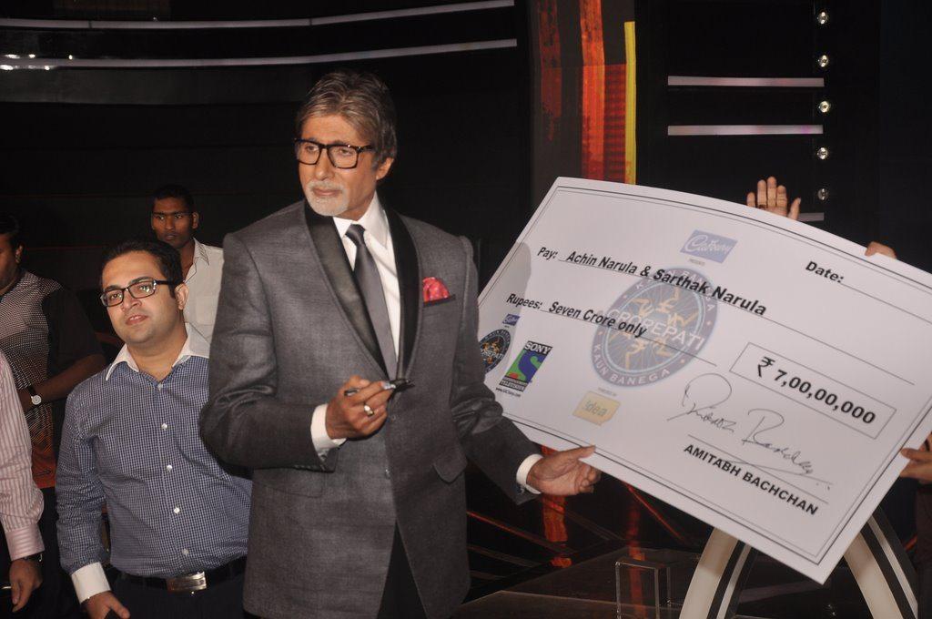 Amitabh 7 crore winners (8)