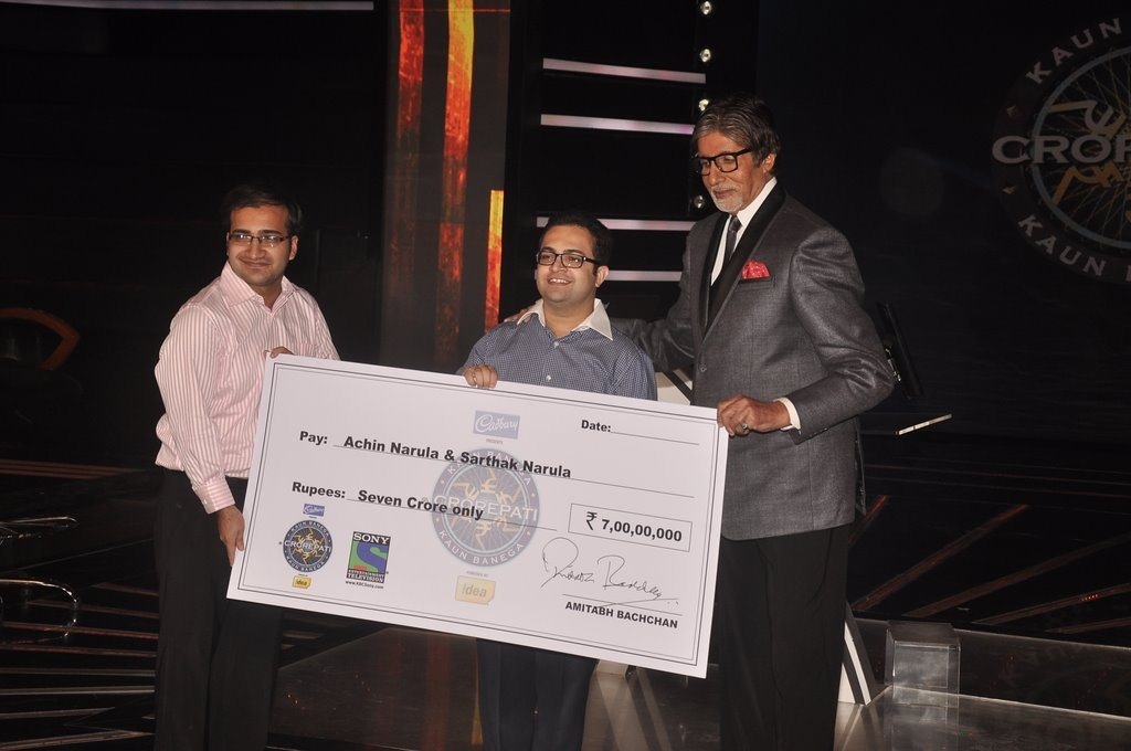 Amitabh 7 crore winners (9)