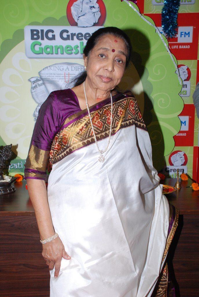 Asha Bhonsle Ganesh BIG FM (4)