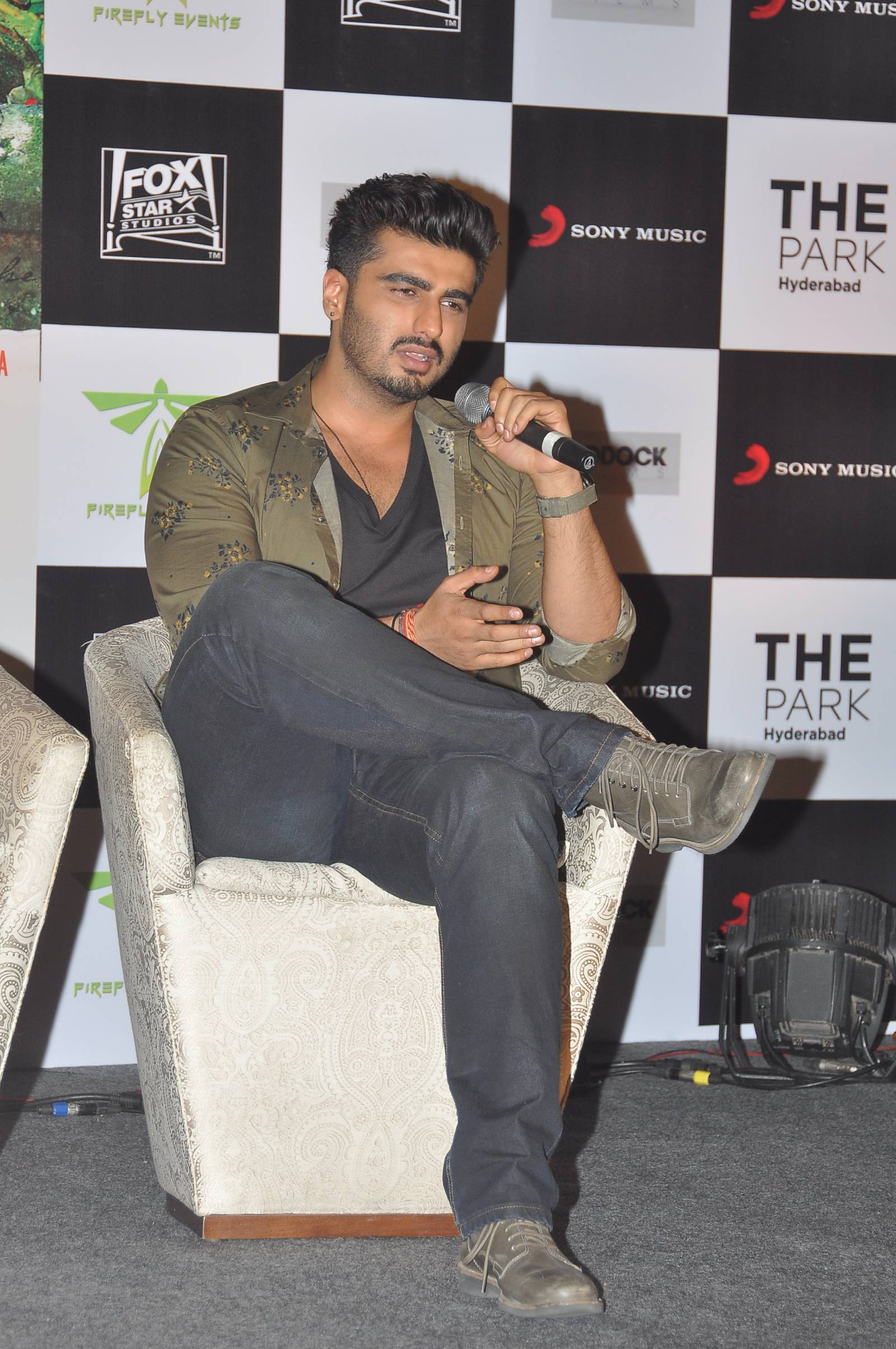Finding fanny hyderabad (5)