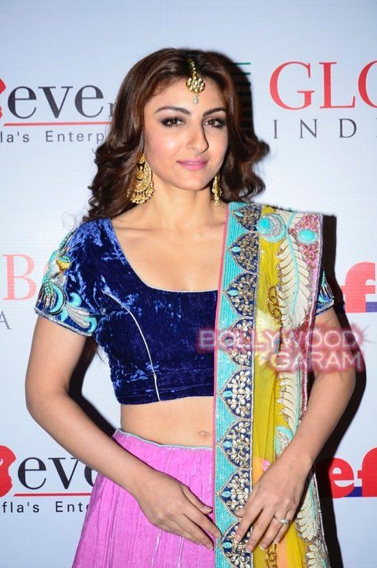 Globoil Awards Raveena and Soha-8