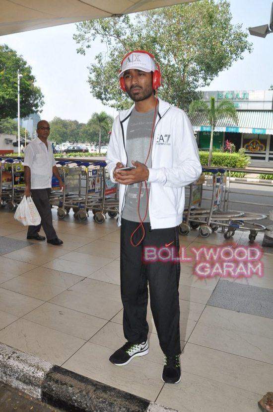 Haider stars at airport-5