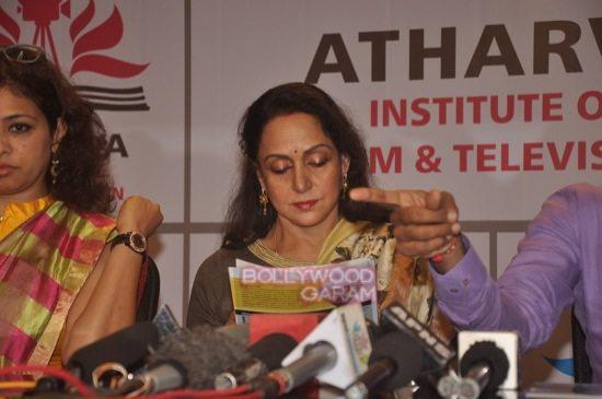 Hema malini at atharva college-8