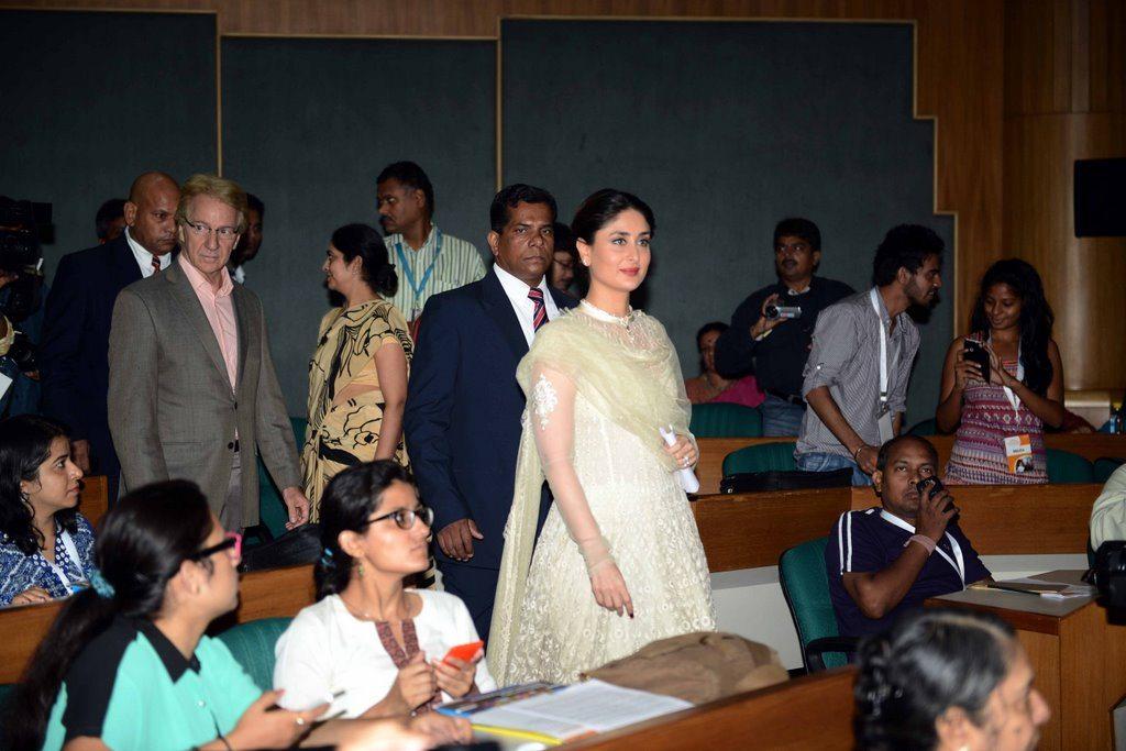 Kareena Kapoor  delhi (3)