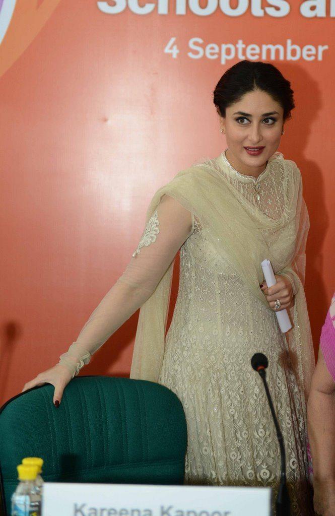 Kareena Kapoor  delhi (4)