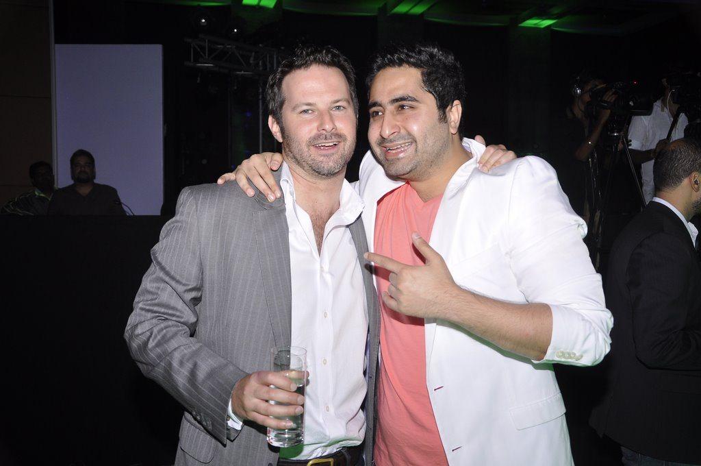 Ranbir DJ Khushi (2)