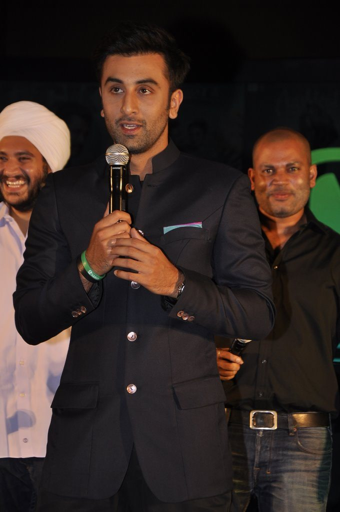 Ranbir DJ Khushi (8)