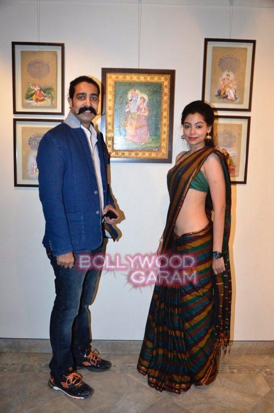 Rani Mukerji at art exhibition launch-10