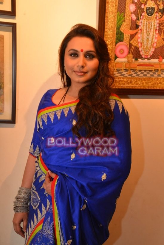 Rani Mukerji at art exhibition launch-4