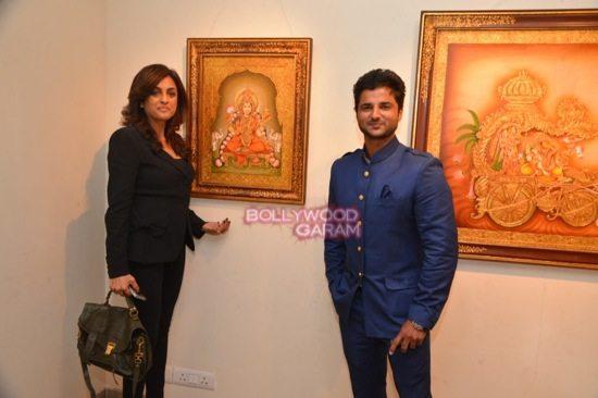 Rani Mukerji at art exhibition launch-6