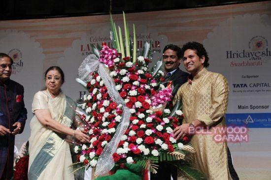 Sachin Tendulkar Lata Mangeshkar birthday-2