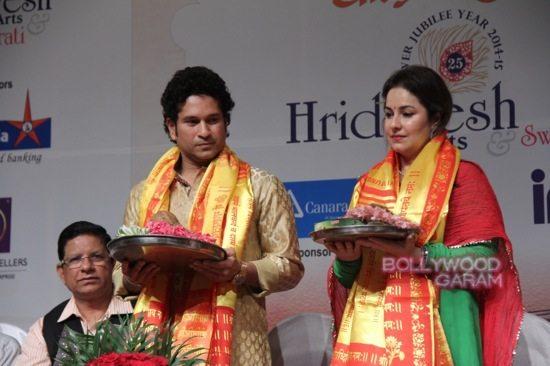 Sachin Tendulkar Lata Mangeshkar birthday-3