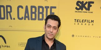 Salman Khan promises to promote Happy New Year on Bigg Boss 8