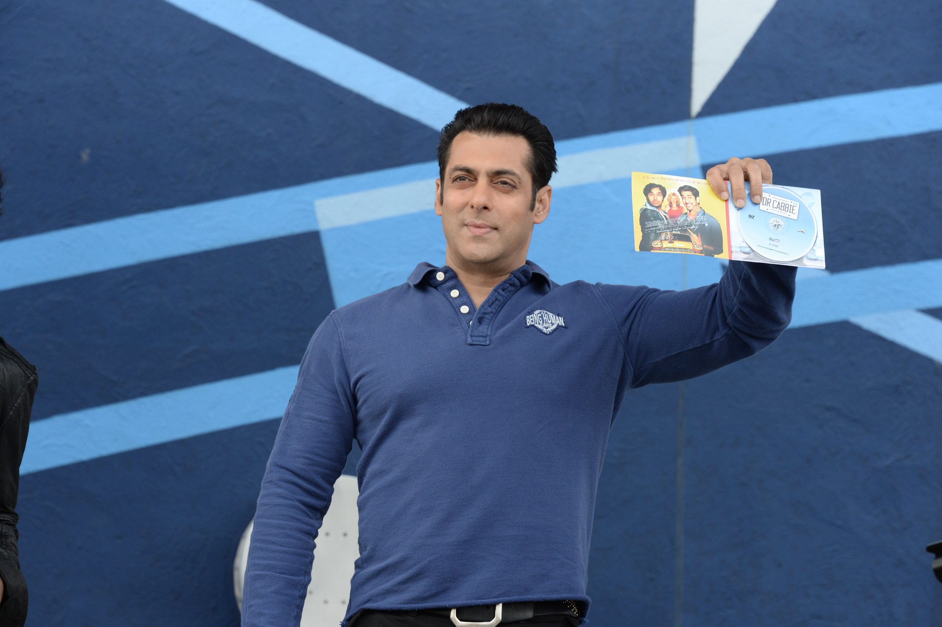 Salman Khan at Dr Cabbie  (1)