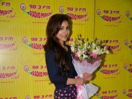 Soha Ali Khan promotes Chaarfutiya Chhokare on Radio Mirchi – Photos