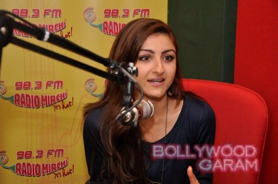 Soha Ali Khan Radio Mirchi-4