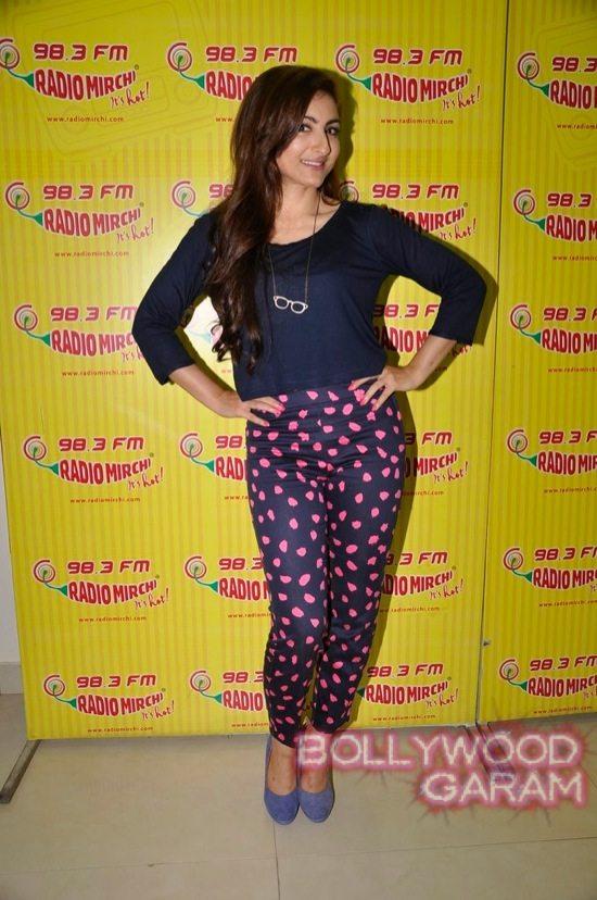 Soha Ali Khan Radio Mirchi-5