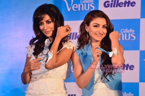 Soha and Chitrangada at Gillette Venus event-11