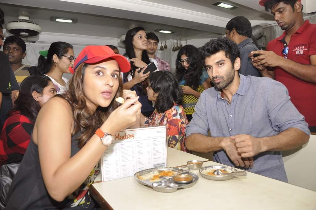aditya parineeti food yatra (5)