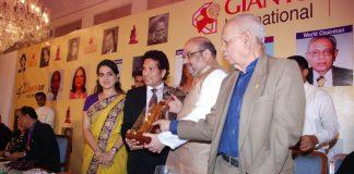 Helen and Sachin Tendulkar honoured at Giants International Award ceremony