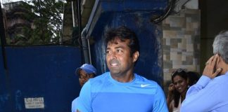 Leander Paes trains young tennis players