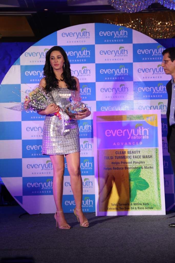 nargis fakhri Everyuth (6)