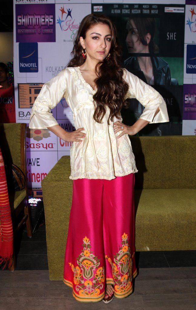 soha promotes at kolkata (4)
