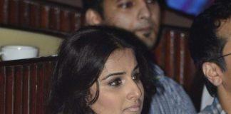 Vidya Balan at charity music concert – Photos